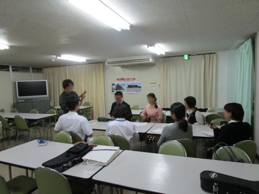 ウクレレ教室を開催