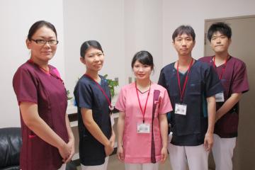 看護師の白衣が2018年6月より変更